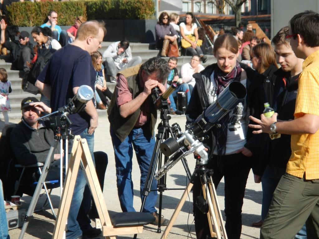 Sidewalk Astronomers in Aachen