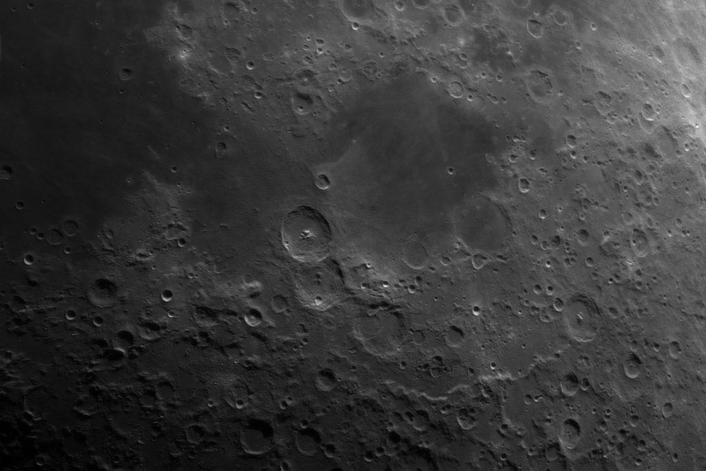 Moon_213518_AS_p8_g4_ap1296_Drizzle15_conv_1200